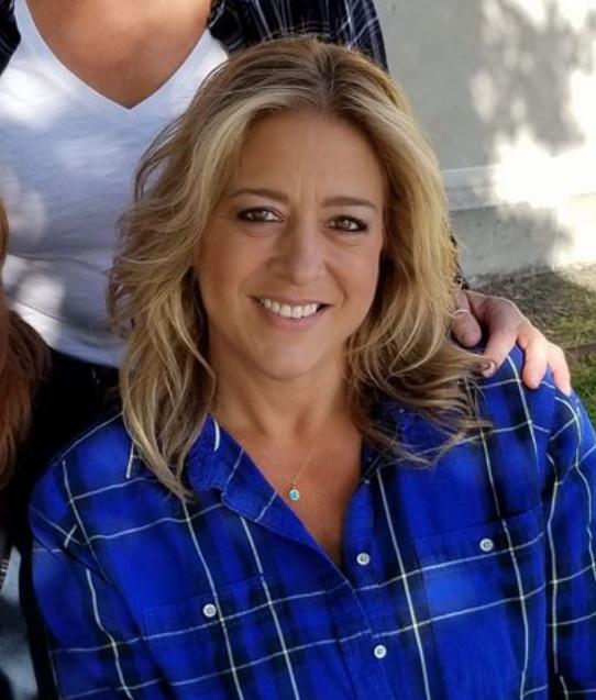 Darlene Sawyer - Owner of Aunt Darlene's Pet Sitting & Dog Walking Service, LLC NJ's Only 5 Star Pet Sitter & Dog Walker Since 2003!